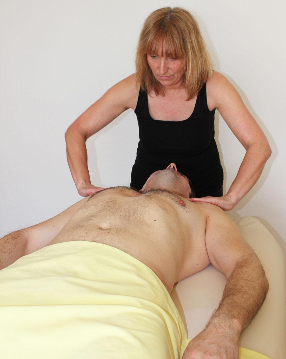 lomi-massage-anne-hawener-saarlouis